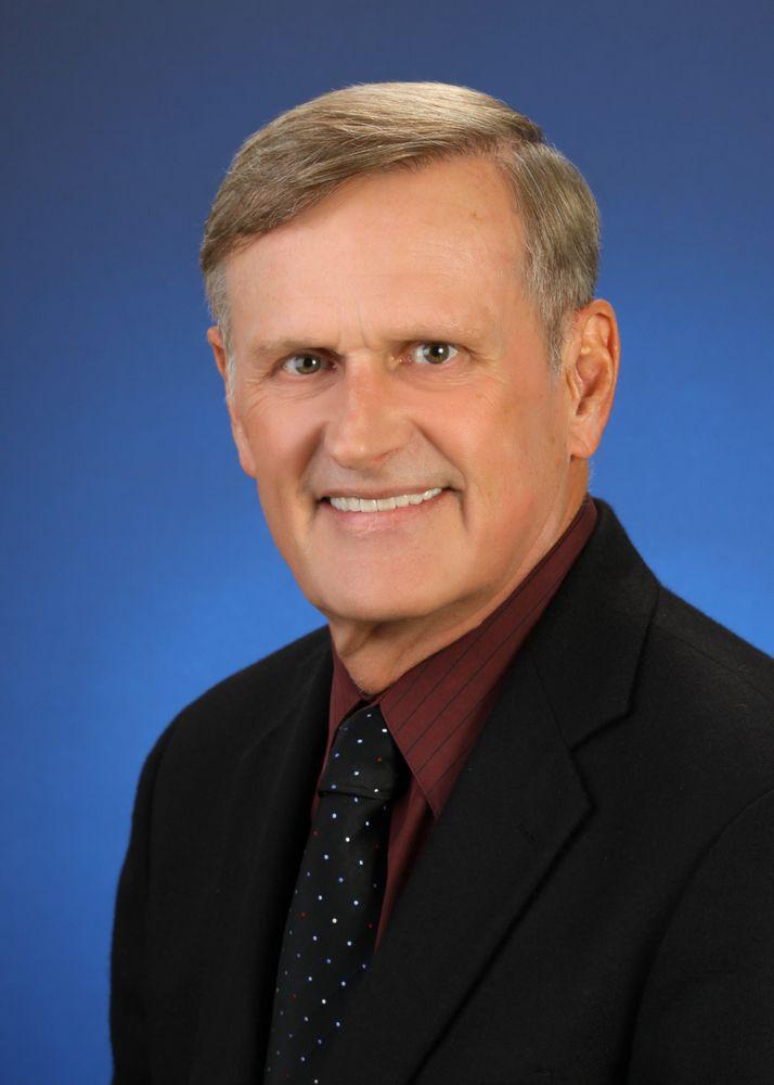 Dr Allen Schade